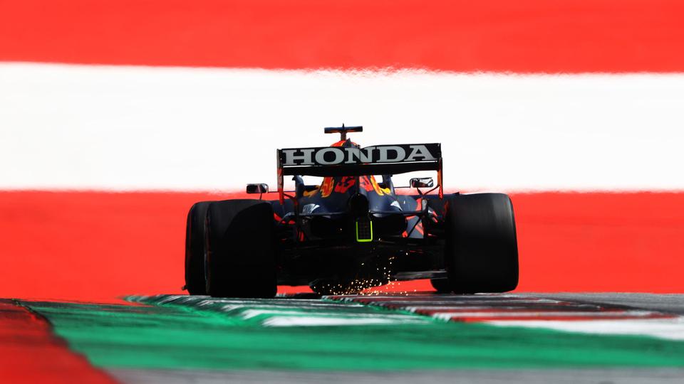 Max Verstappen start morgen in Oostenrijk op poleposition