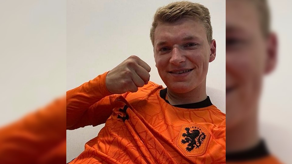 Perr Schuurs met Jong Oranje door naar halve finale EK