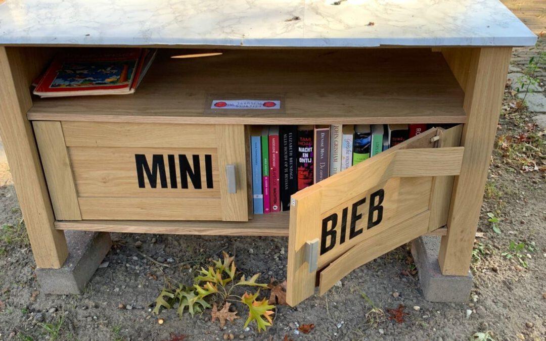Minibieb in Susteren gesloopt door vandalen